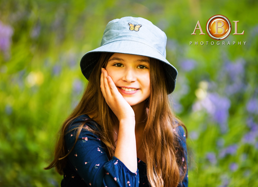 bluebells_portrait_girl_in_blue_hat